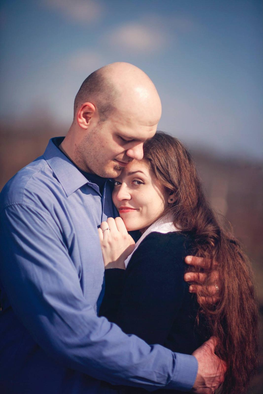 Rande fotenie - V náručí milovaného muža... Jednoducho šťastná...
