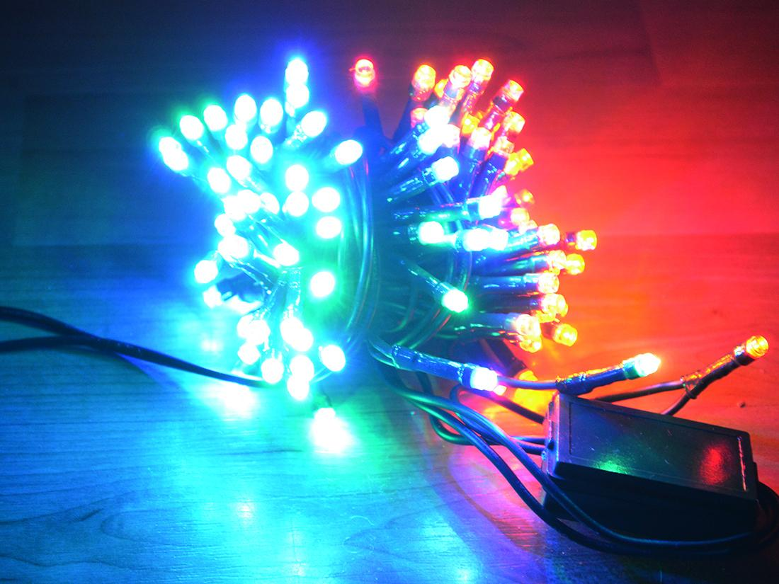 Svetelne retaze: farebna a tepla biela, 100 LED - Obrázok č. 1