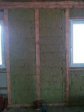 izolace v domě - někde je dost spar, ale dle výrobce to nevadí