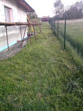 Aspoň, že jsem v neděli před týdnem posekal trávu
