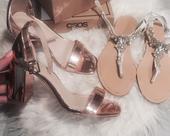 Kamínkové sandály, 40