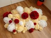 Pompoms - meruňková, bílá, červená,
