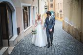 Elegantní, jemné svatební šaty, 36