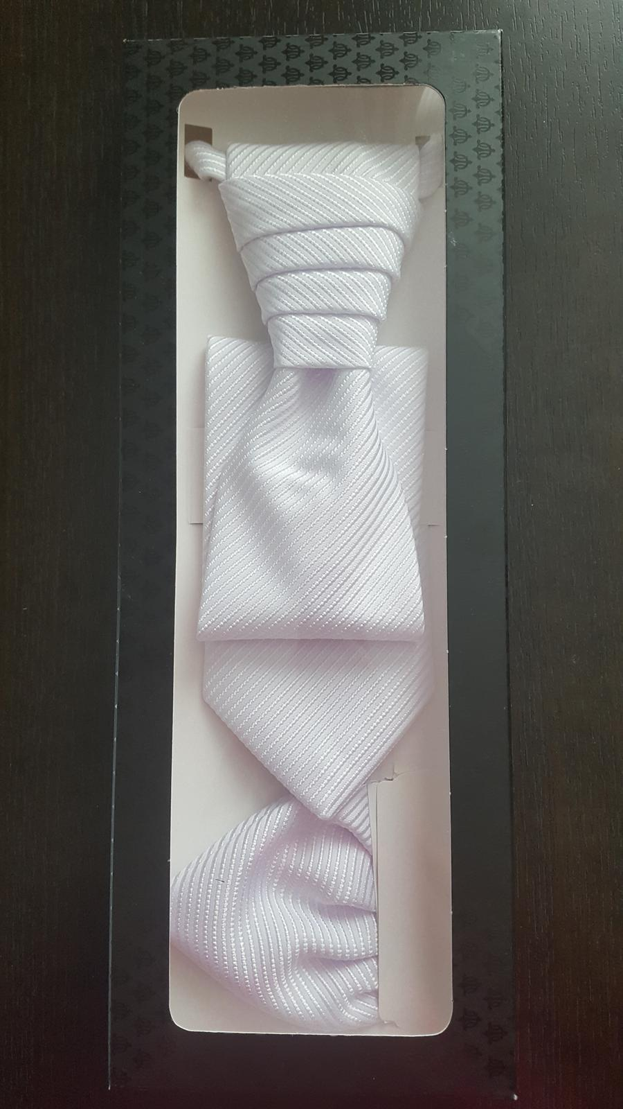Svadobna kravata s vreckovkou - Obrázok č. 1