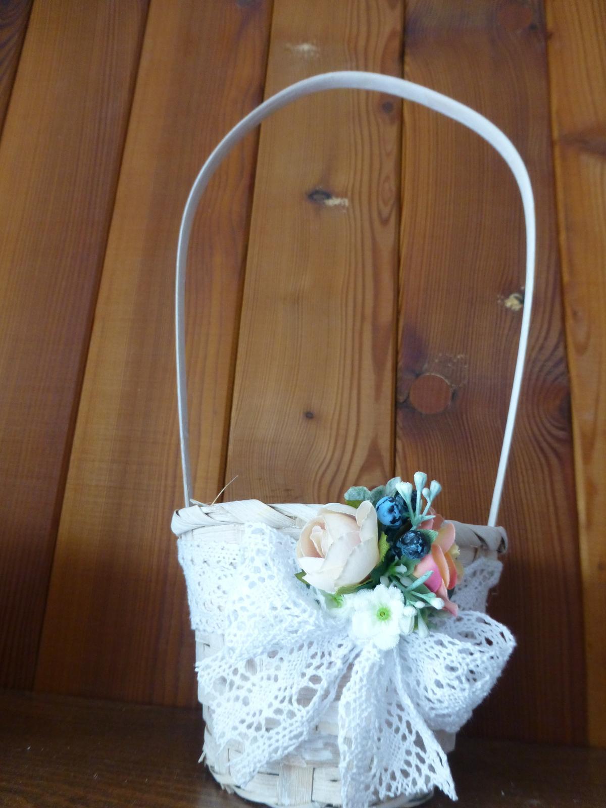 Košíček pro malou družičku - Obrázek č. 1