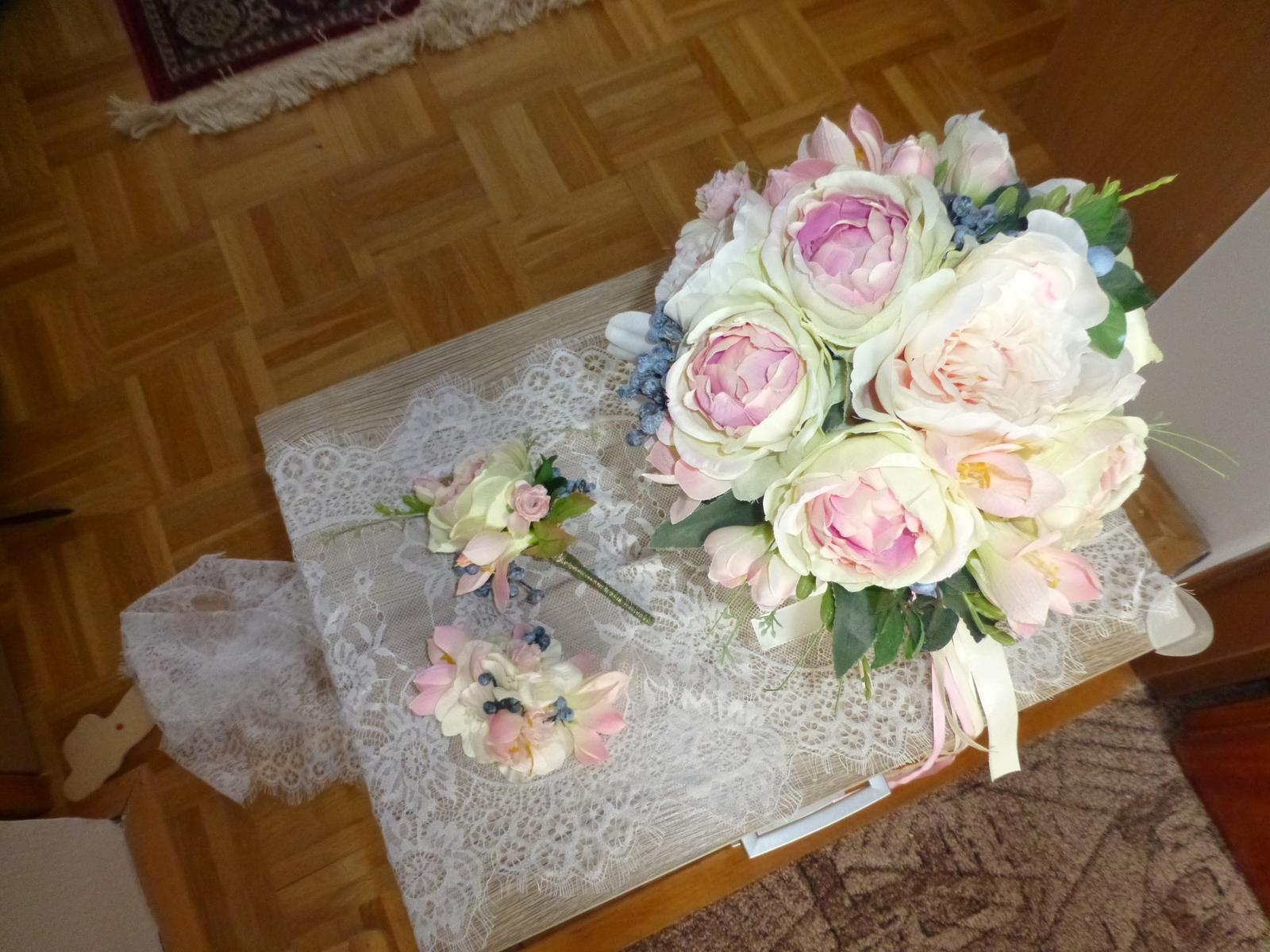 Svatební set z látkových květin - Obrázek č. 1