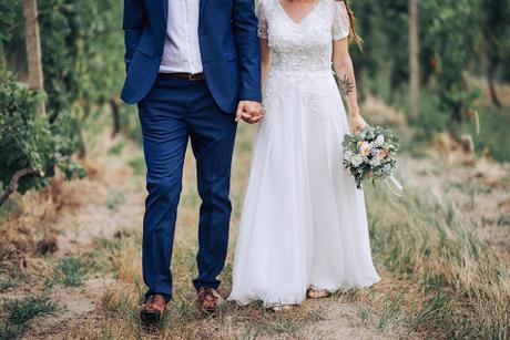 Čipkované svadobné šaty - Obrázok č. 4