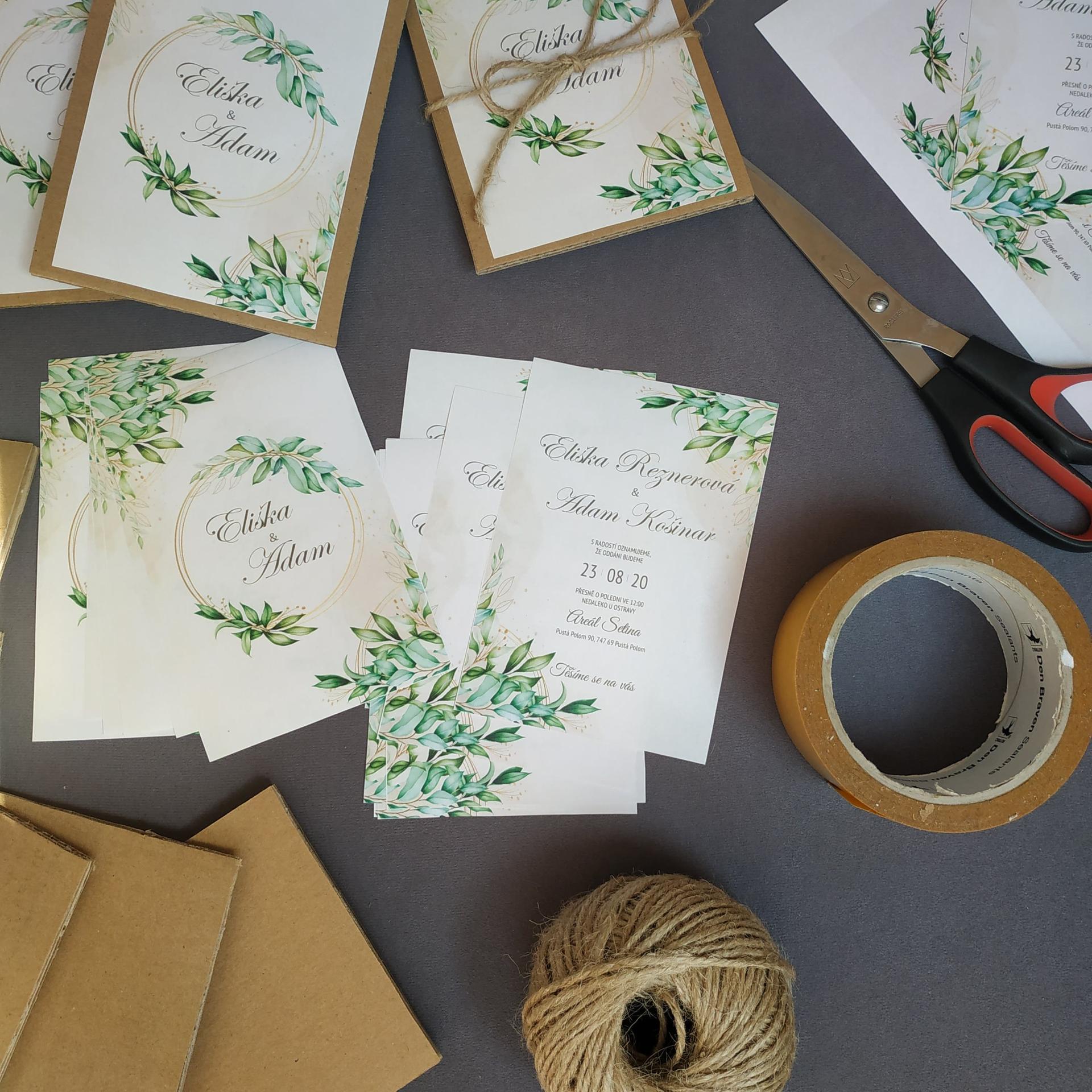 Svatební oznámení - Z příprav. Vytištěno na pracovní tiskárně, lepeno na karton.