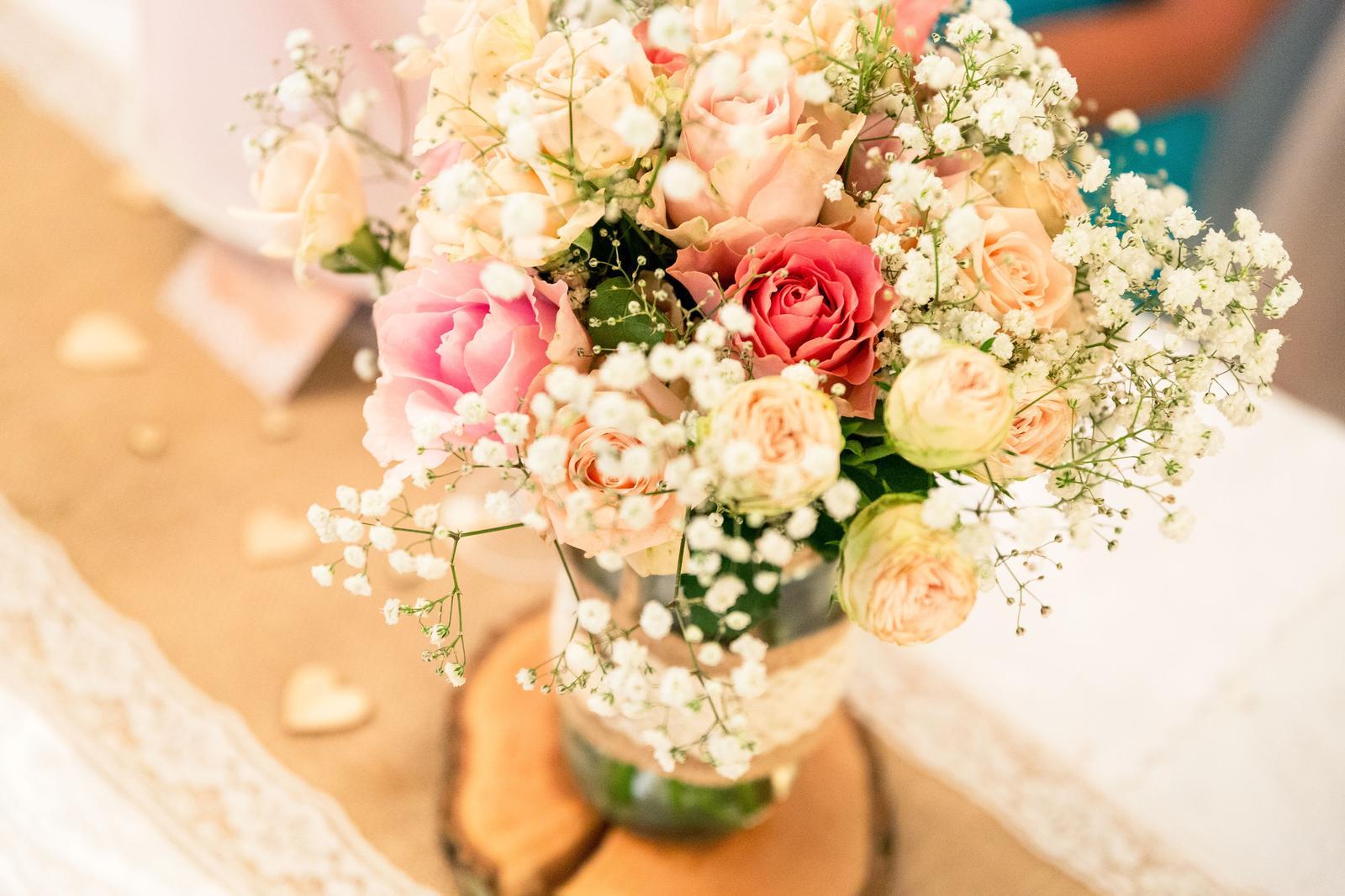 Dekorace na svatbu v přírodní & starorůžové - Obrázek č. 1
