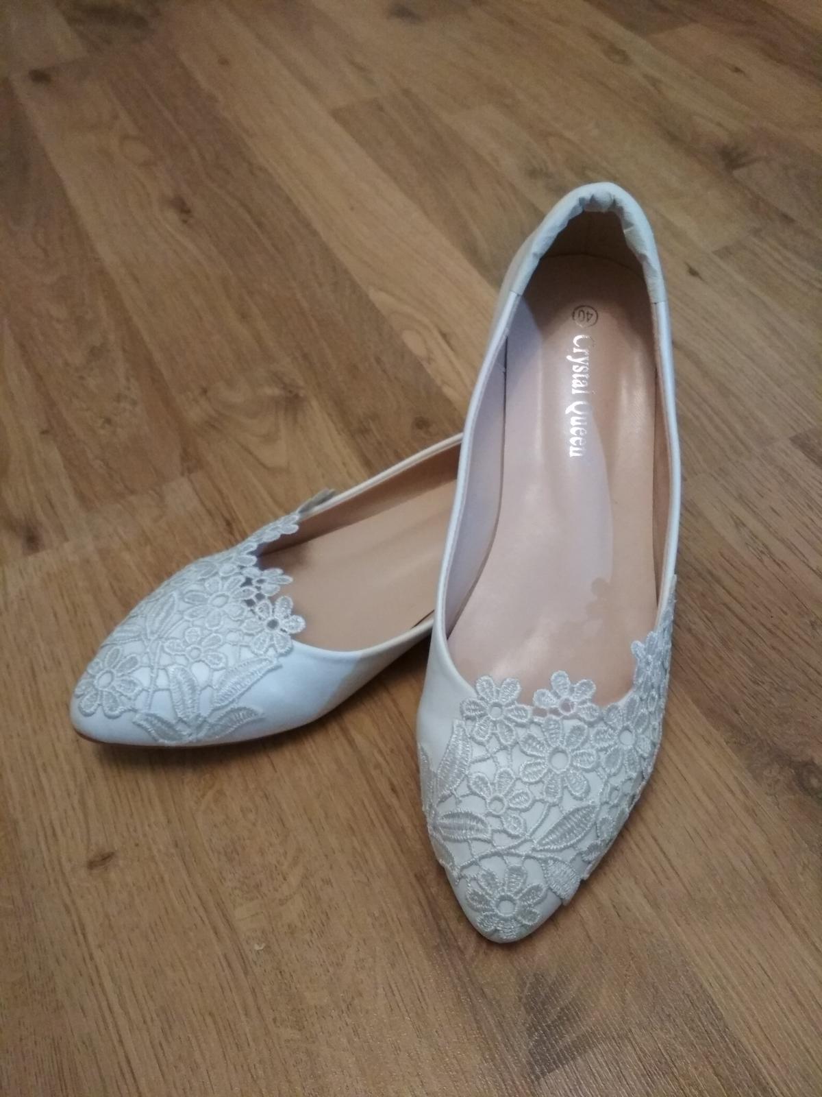 Svatební boty krajkové - Obrázek č. 1