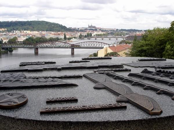Zraz 12.8.06 Praha 1-medzinarodny - Krasny pohlad a vyhlad...