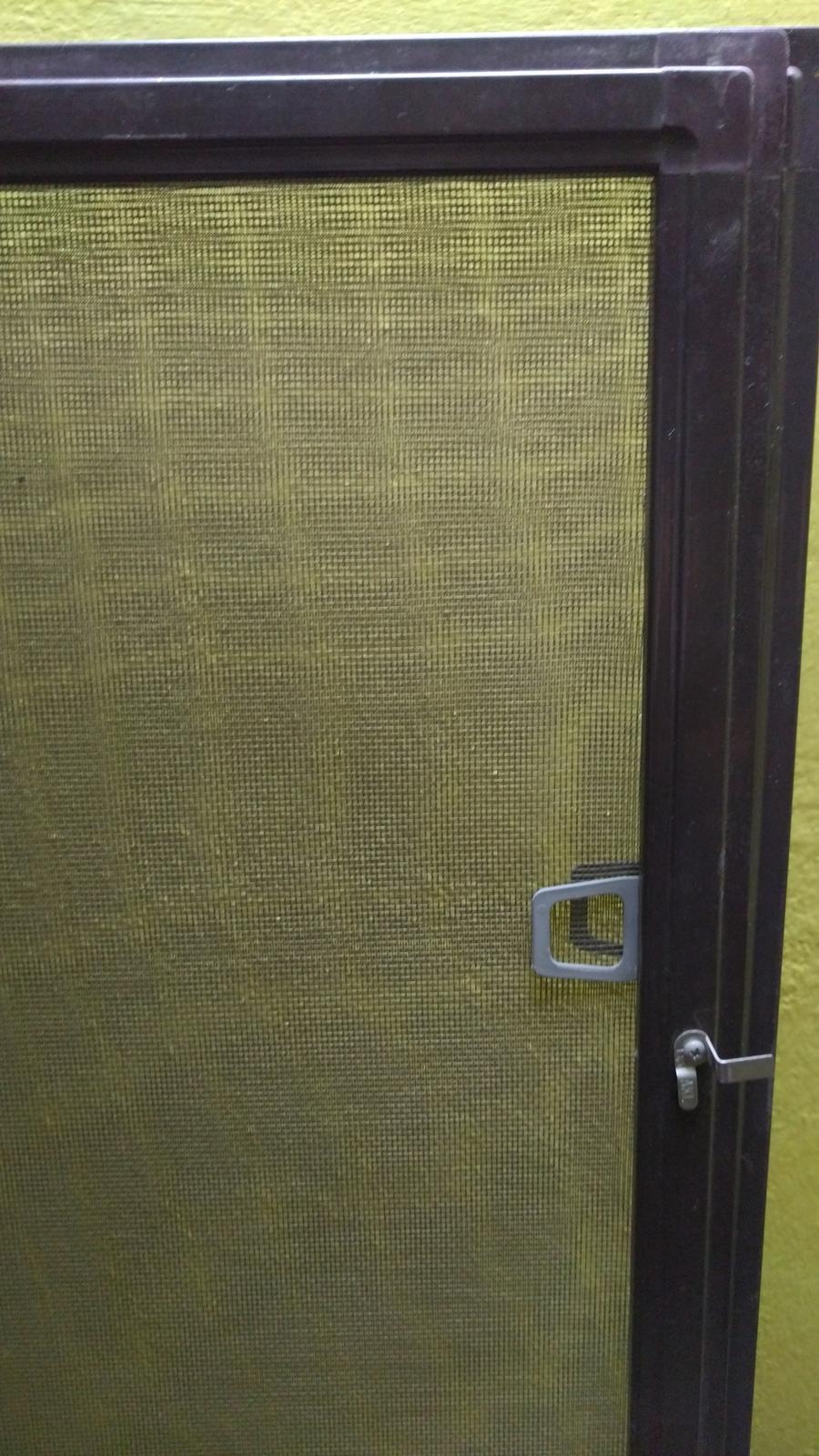 Sieťky na okná,dvere proti hmyzu - Obrázok č. 1