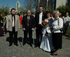 s rodiči a bratrem ženicha :o)