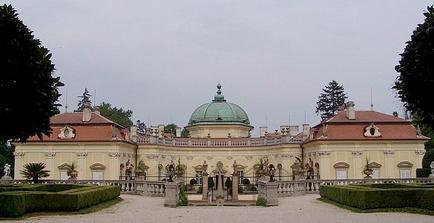 Zámek Buchlovice - místo obřadu ...