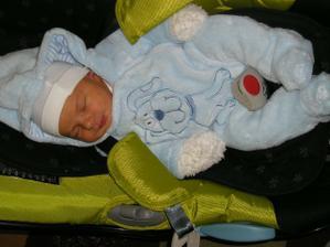 a toto je naše zlatíčko, narodil se 16.3.2009