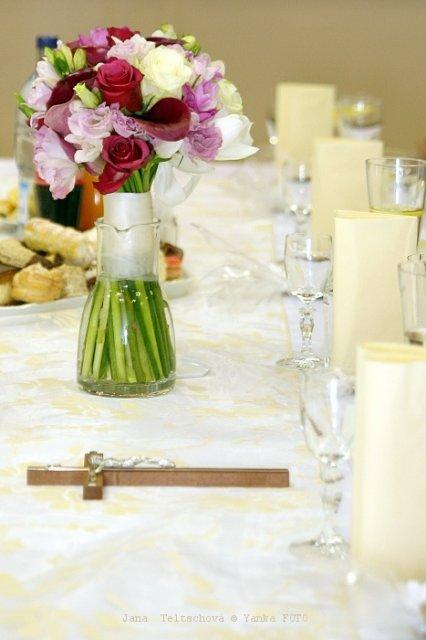 2.10.2010, pripravy v plnom prude - moja svadobna kyticka