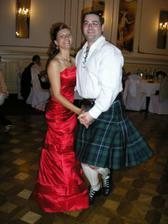 Moja budúca švagriná Veronika s našim kamošom zo Škótska Gavinkom