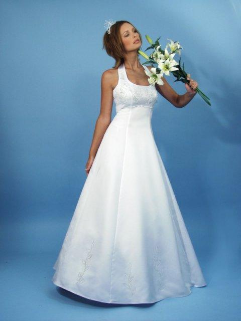 12.11.2005 - Moje šaty.