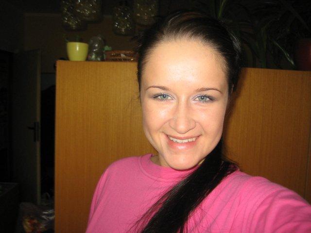 12.11.2005 - ale make-up si robím sama