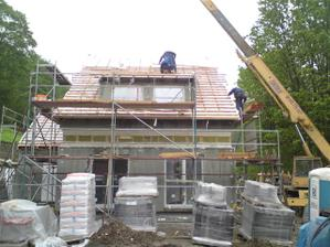 skoro hotová střecha - pře pokrytím