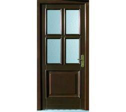 Vchodové dveře, jsou velice pěkné něco takového by se nám líbilo. Ale i jako interiérové dveře.