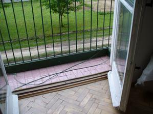 balkón príde trošku zvedšiť