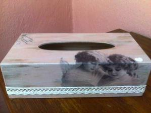 box na hygienicke vreckovky :-)))velky