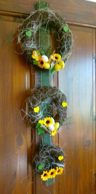 Jarne a Velkonocne dekoracie - uz si nasiel aj miesto,inspirovala som sa tu na MS :-)))