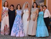 Spoločná foto z fotenia. Ďakujeme všetkým modelkám - Majke, Soničke, Katke, Zuzke, Zlatke, Zuzke a pani majiteľke salónu Ľubke :).