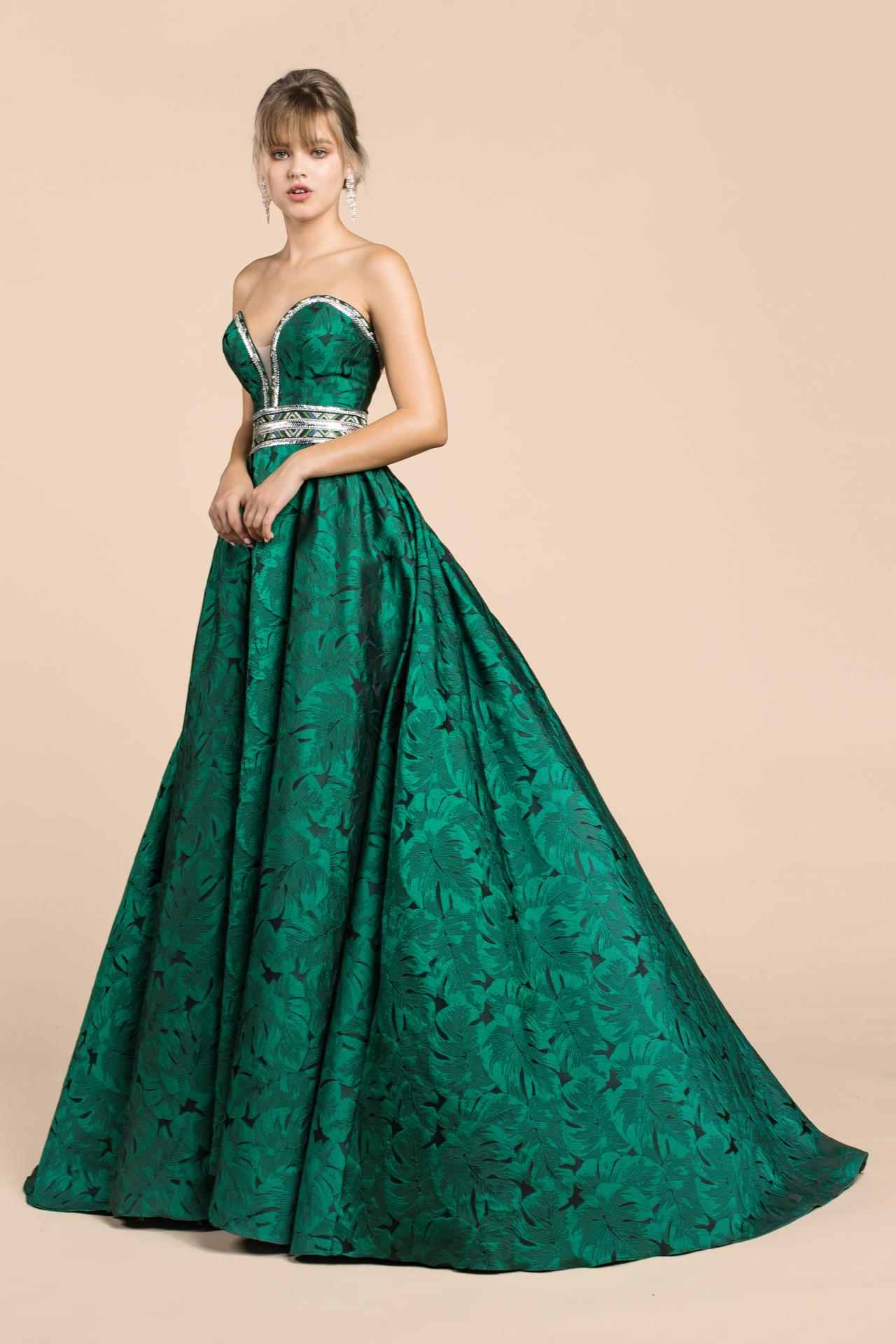Nové spoločenské šaty :) - Obrázok č. 19