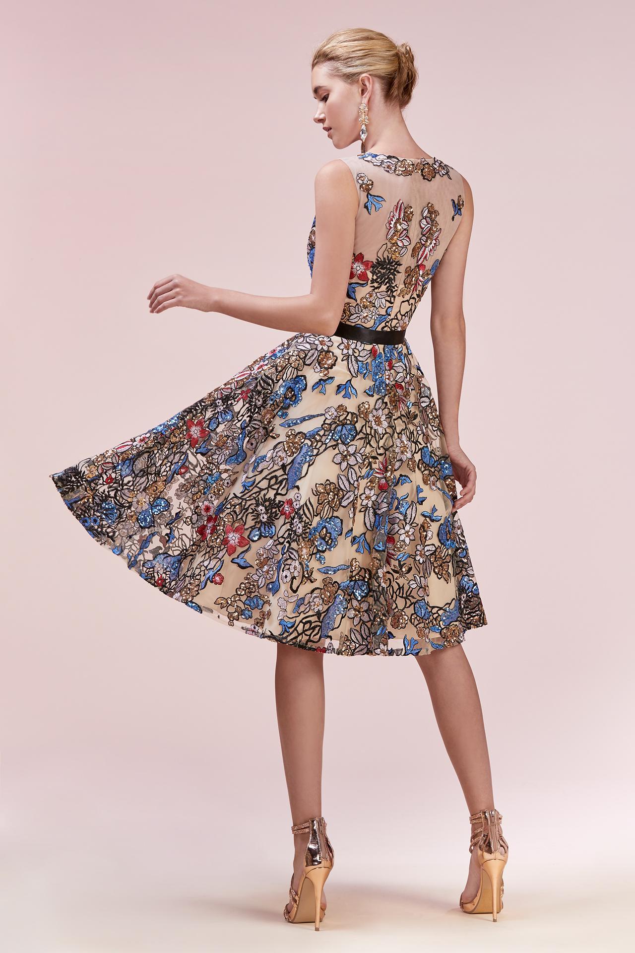 Nové spoločenské šaty :) - Obrázok č. 30