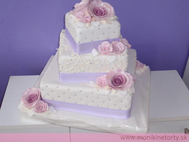 """Prípravy na den ,,D"""" :) - tato tortička je uplne dokonalaaa taku chcem mať"""
