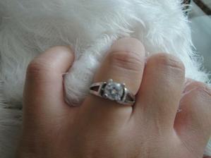 môj snubny prstienok :)
