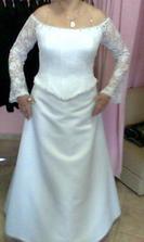 podobné šaty som si nakoniec vybrala v PN v Sissi, majú tam aj super akciu. sv.šaty + popolnočné k nim zadarmo