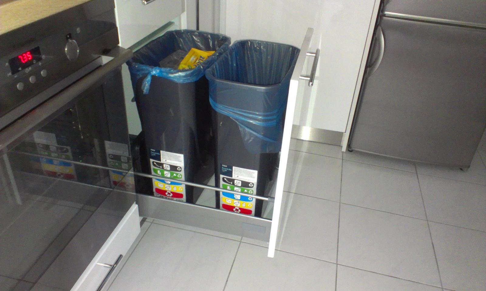 Odpadkovy kos do kuchyne - Obrázok č. 1