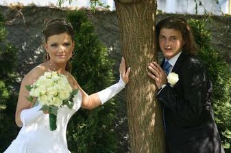 Mám ten strom ešte podoprieť? :-)))