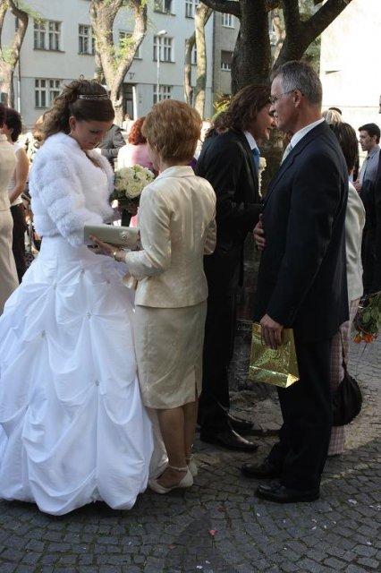 Sylvia Krchňavá{{_AND_}}Tomáš Koporec - a takto manželovi