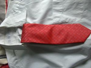 zenichova kravata (kosile je provizorni, bude jina)