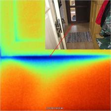 Snímka termokamerou pri podtlaku 100 Pa jasne preukazuje netesnosť pod dverami.