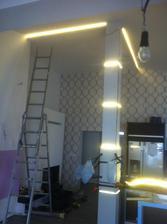 osvetlnie stlpu vo vystavbe, (kvalita fotky zodpoveda mobilu :-/  )