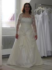 šaty 3, je k nim aj nadherne bolerko, ale nemohla som v nom pokrcit ruky