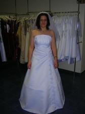 šaty 6, tieto šaty boli pre mna favorit, ked som prvy krat obiehala salony v Trnave