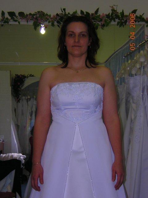 Kubko a Dzinko - šaty 12, detail