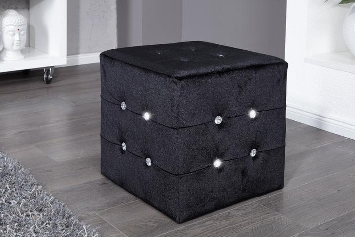 Taburetka čierna