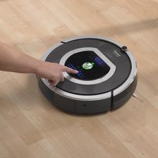 Robotický vysávač I Robot 780 - perfektný pomocník