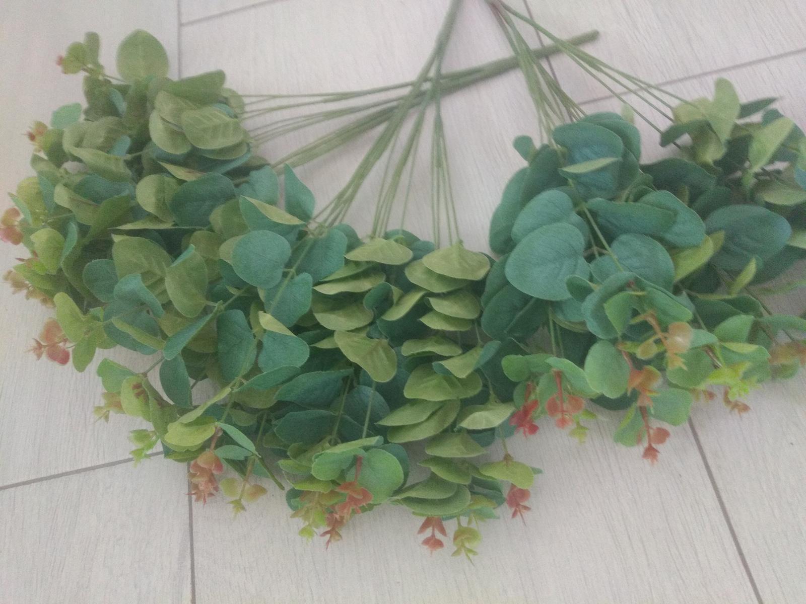 umelé kvety na tvorenie - Obrázok č. 1