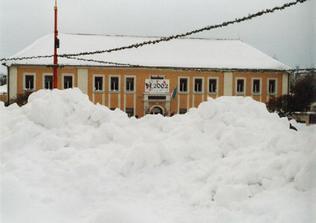Tak tady proběhne obřad, jen doufám, že bez hromady sněhu... i když u nás nikdy nevím co se bude dít... :o)