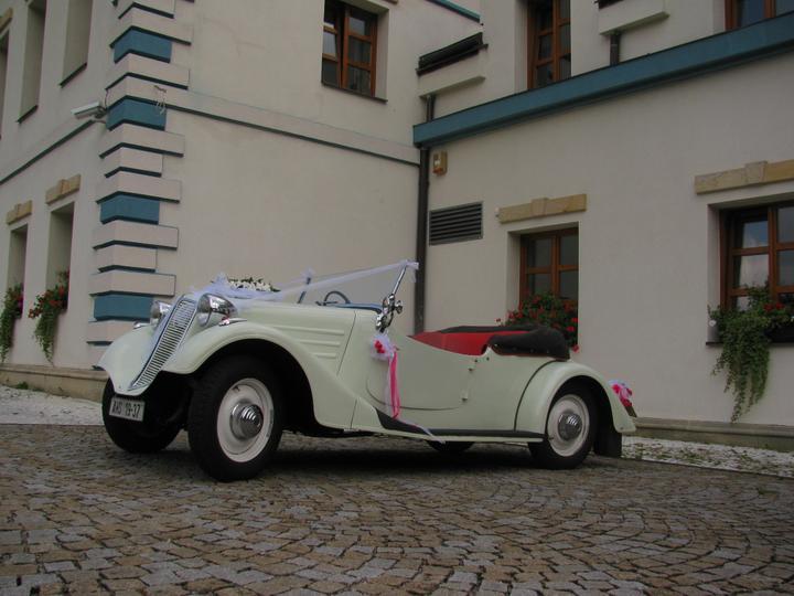 Svatební veteráni - Tatra 57 a Sport - Obrázek č. 1
