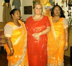 populnocni sari... darek od tchyne
