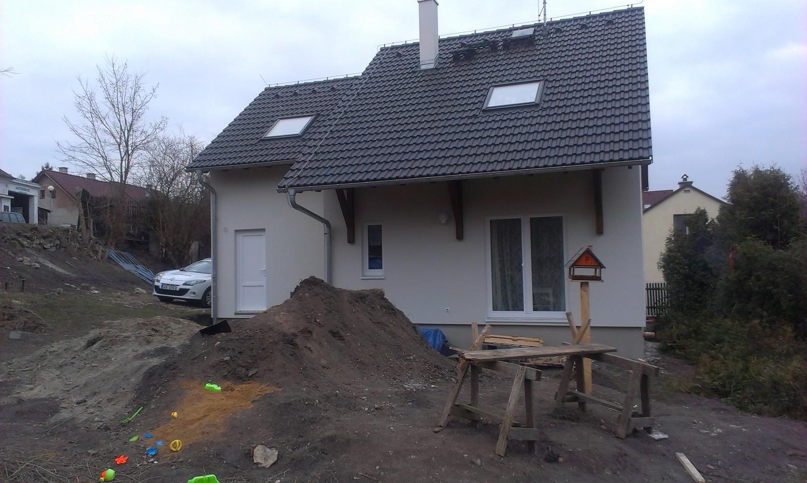 Záhrada - březen 2013 - aktuálny stav pozemku